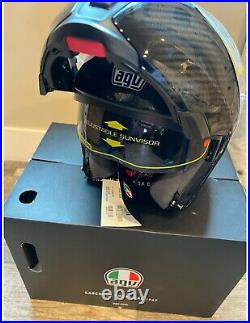 AGV Sportmodular Glossy Carbon Solid Helmet-LARGE- Brand new-Never worn