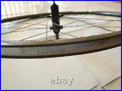 Brand New Zipp 202 Firecrest Carbon Clincher Wheelset (Shimano/SRAM)