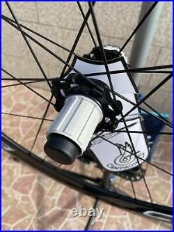 Brand new Pair of Carbon Wheels Campagnolo Bora One 50 disc center lock