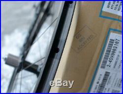 Brand new, Shimano Dura Ace 9000 C35 carbon tubular wheelset