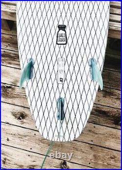 Surfboard shortboard epoxy leash fins brand new 7S Saltshaker carbon wrapped new
